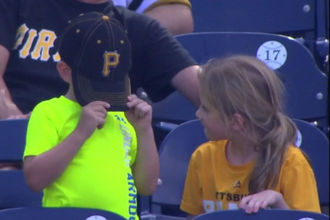 Young Pirates fan goes through emotional wringer at Nats Park (Video)