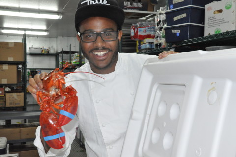 'Top Chef' Kwame Onwuachi offers lesson on cooking lobster