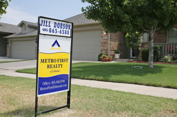 Average US 30-year mortgage rate edges up to 3.48 percent
