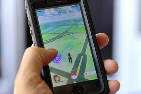 Pokémon Go craze spurs local police warnings