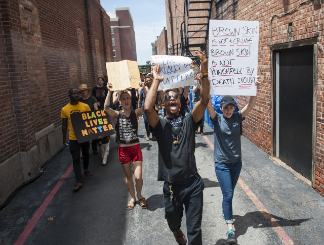 Protests, calls for justice after police shooting, video