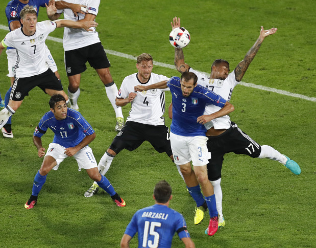 Germany gets victory against Italy to reach semifinal