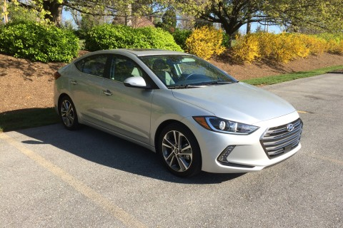 2017 Hyundai Elantra Limited: A compact with plenty of space
