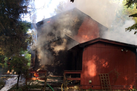Occupant escapes Silver Spring house fire