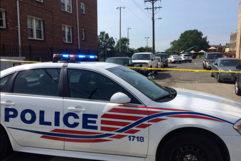 Lanier: Lone gunman involved in shootout with DC police