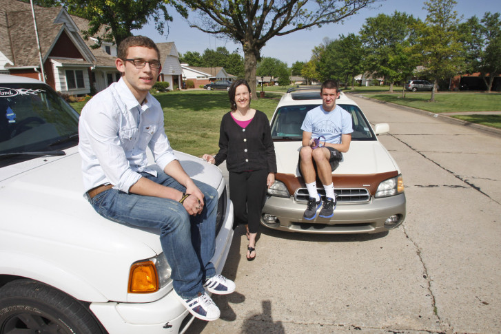 us news releases list of safest 2016 cars for teens wtop. Black Bedroom Furniture Sets. Home Design Ideas