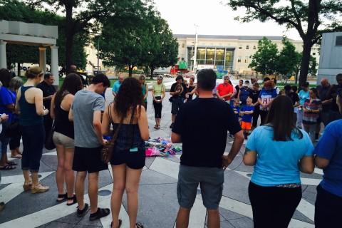 Local police wives organize vigil for Dallas officers