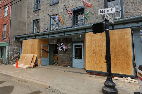 Ellicott City business owners cleared for disaster loans, Hogan says