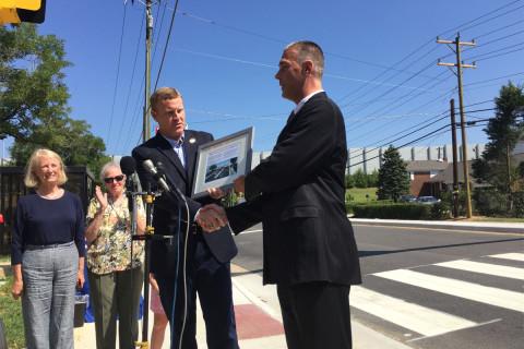 Fairfax Co. installs new pedestrian-powered crosswalk aimed at improving safety