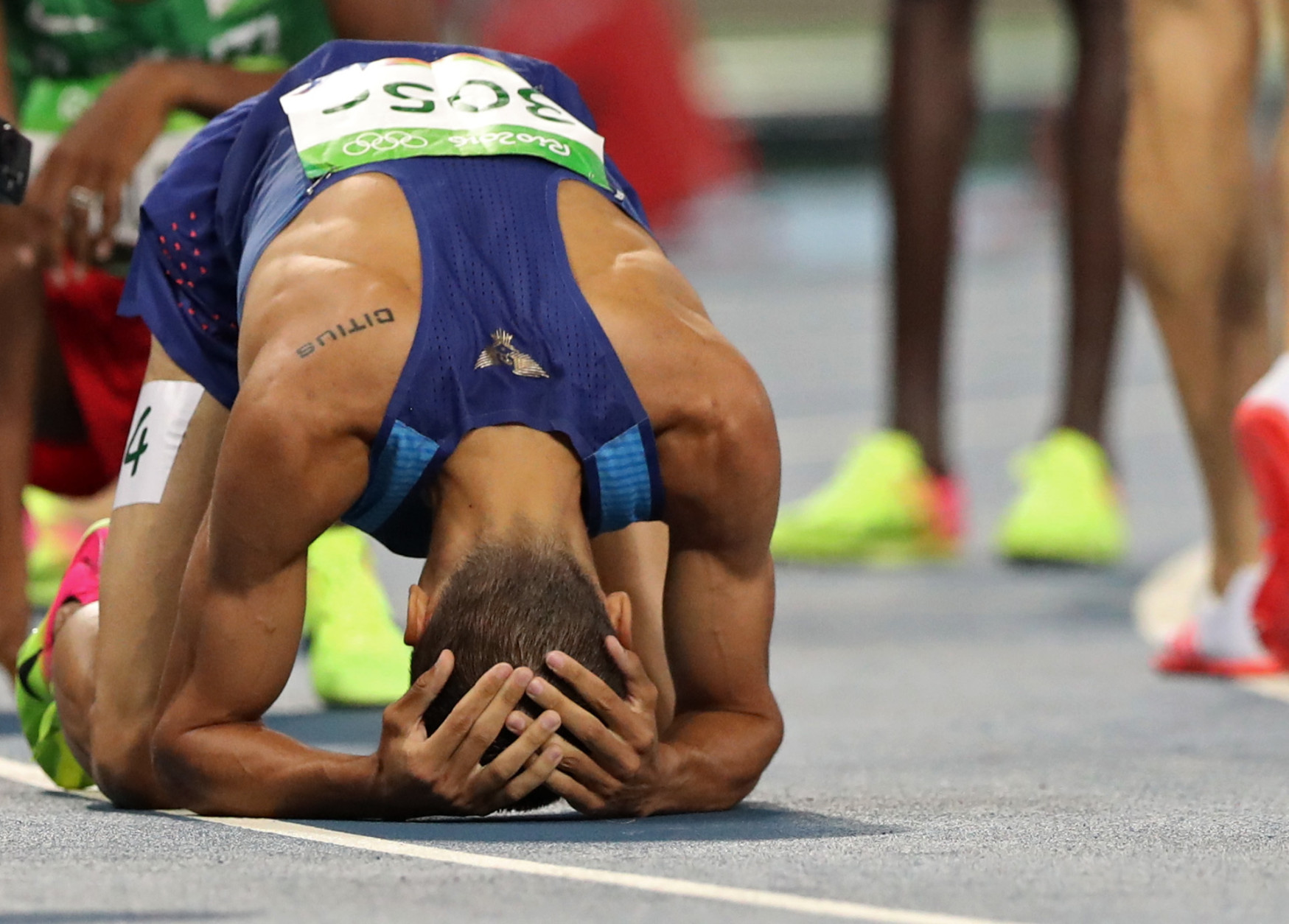 United States' Matthew Centrowitz reacts after winning the men's 1500-meter final during the athletics competition at the Summer Olympics at Olympic stadium in Rio de Janeiro, Brazil, Saturday, Aug. 20, 2016. (AP Photo/Lee Jin-man)