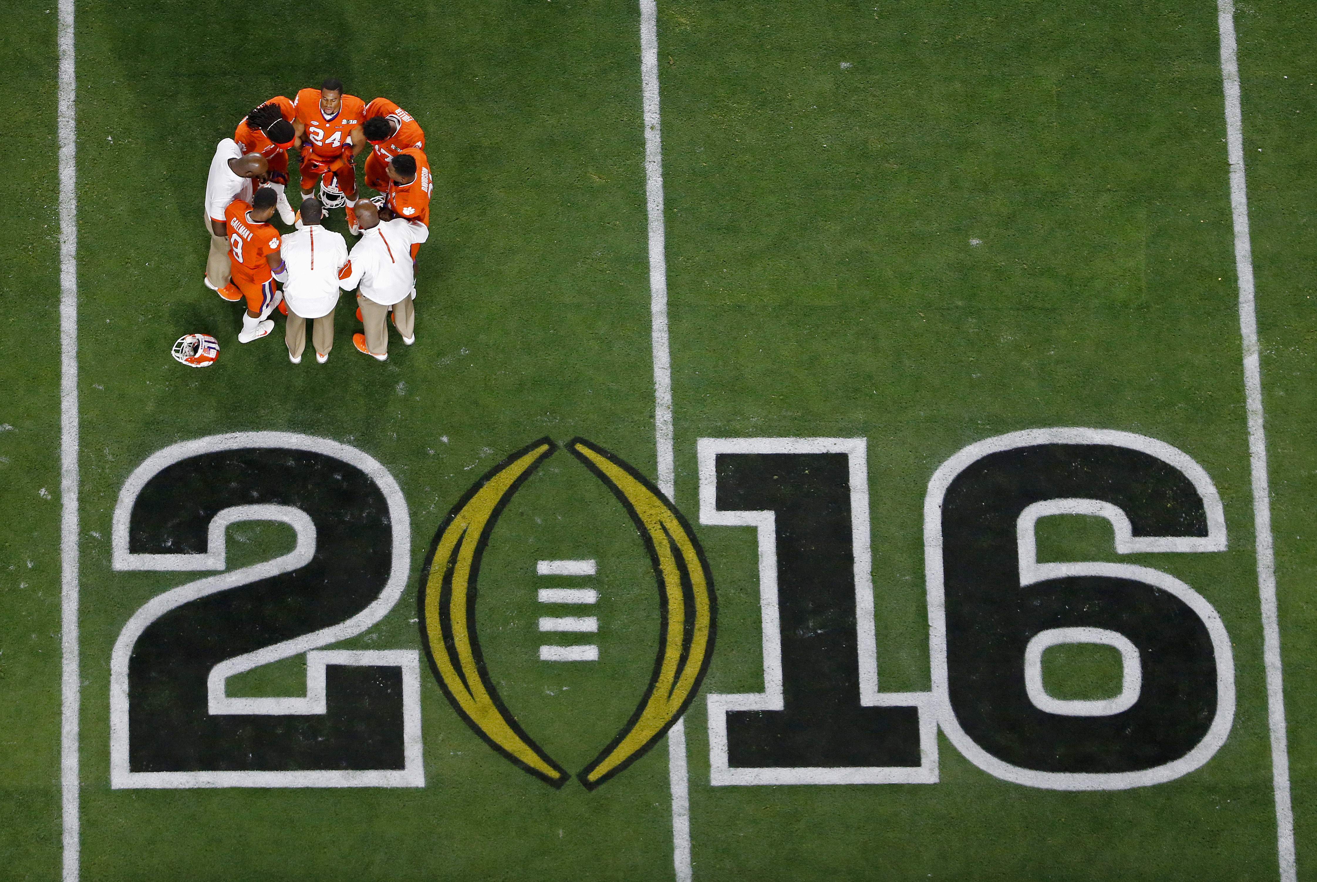 ncaa college football champions football this weekend