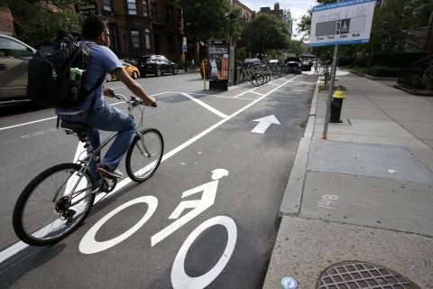 DC moves forward with controversial bike lanes through Northwest neighborhoods