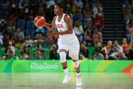 RIO DE JANEIRO, BRAZIL - AUGUST 16:  Angel Mccoughtry #8 of United States controls the ball during the Women's Quarterfinal match against Japan on Day 11 of the Rio 2016 Olympic Games at Carioca Arena 1 on August 16, 2016 in Rio de Janeiro, Brazil.  (Photo by Alex Livesey/Getty Images)
