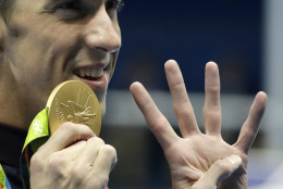United States' Michael Phelps celebrates winning the gold medal in the men's 200-meter individual medley during the swimming competitions at the 2016 Summer Olympics, Thursday, Aug. 11, 2016, in Rio de Janeiro, Brazil. (AP Photo/Matt Slocum)
