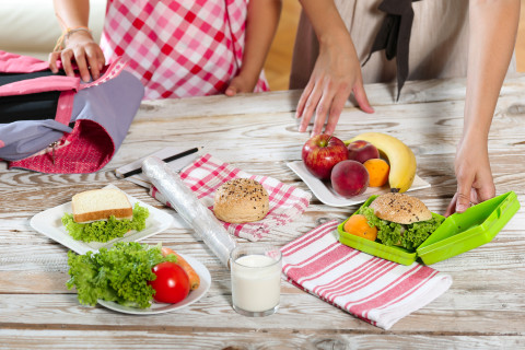 Back-to-school bites: How to make sure kids eat healthy during the school year