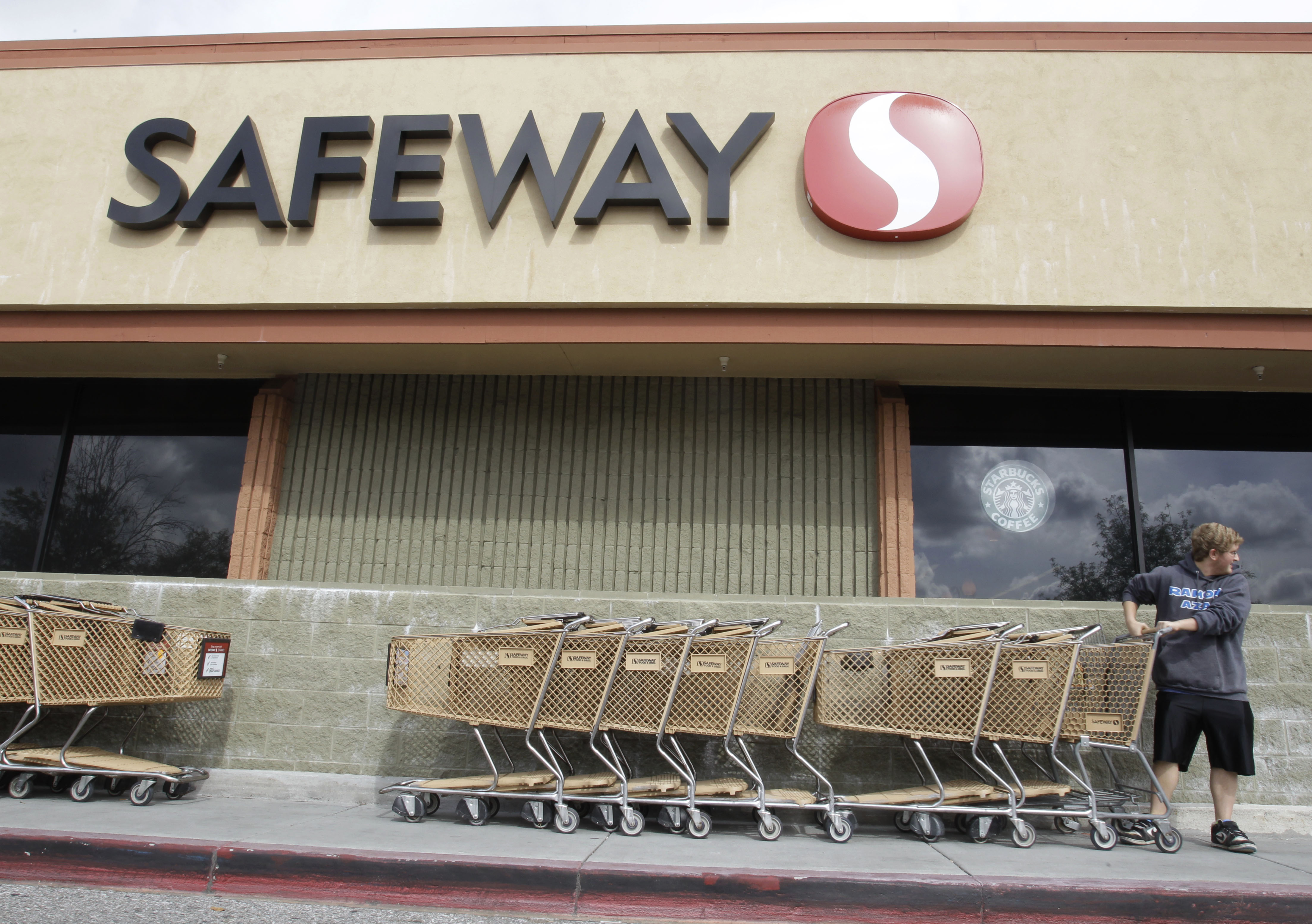 safeway brings gas rewards back this time with sunoco