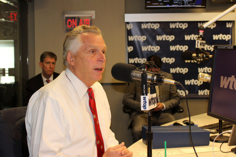 McAuliffe defends ban on guns in state buildings