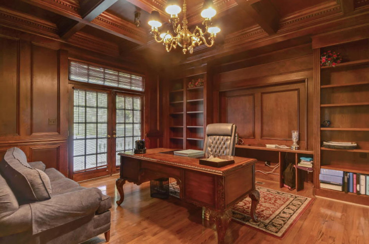 An Interior View Of The U201cWhite House On Georgetown Pike,u201d A McLean,  Virginia, Mansion Going Up For Auction Next Month. (Photo Courtesy Tranzon  Fox)
