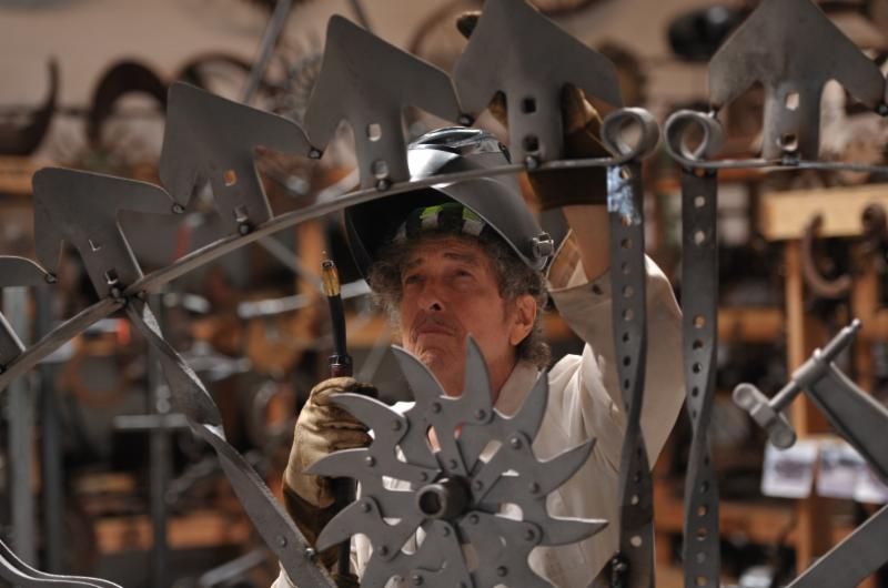 """Bob Dylan works on a sculpture called """"Portal"""" for the MGM National Harbor casino, his first permanent sculpture exhibit.  (Courtesy MGM National Harbor)"""
