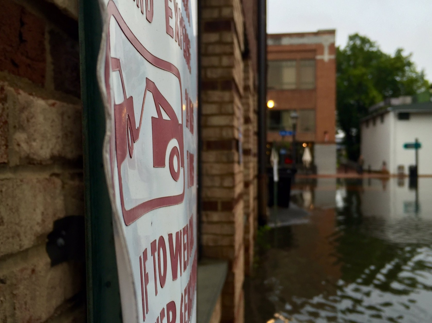 A view of the floodwaters in Old Town Alexandria Friday, Sept. 30, 2016. (WTOP/Dennis Foley)