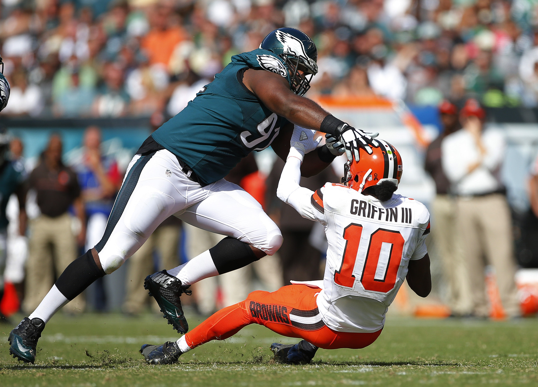 PHILADELPHIA, PA - SEPTEMBER 11: Fletcher Cox #91 of the Philadelphia Eagles sacks quarterback Robert Griffin III #10 of the Cleveland Browns during the third quarter at Lincoln Financial Field on September 11, 2016 in Philadelphia, Pennsylvania. The Eagles defeated the Browns 29-10. (Photo by Rich Schultz/Getty Images)