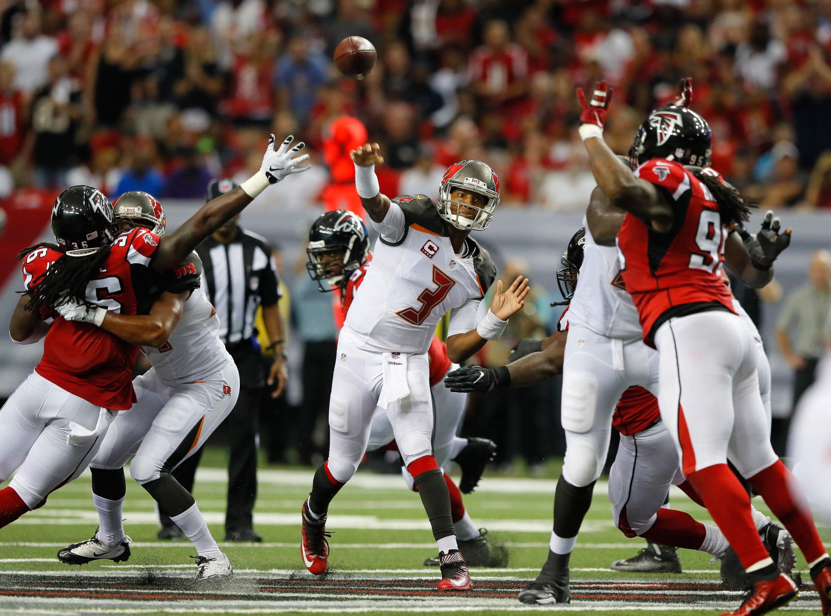 ATLANTA, GA - SEPTEMBER 11:  Jameis Winston #3 of the Tampa Bay Buccaneers passes against the Atlanta Falcons at Georgia Dome on September 11, 2016 in Atlanta, Georgia.  (Photo by Kevin C. Cox/Getty Images)