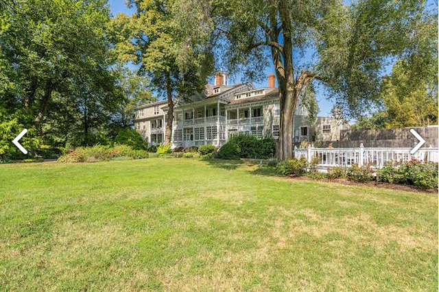 The historic Kent Manor Inn, a popular venue for weddings and other events, includes more than 226 acres and shorelines along the Thompson and Cox creeks. The property is being auctioned off as part of a bankruptcy. (Courtesy Realty Markets)
