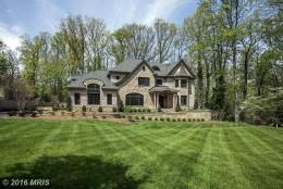 1318 Woodside Drive, McLean, Virginia (MRIS)