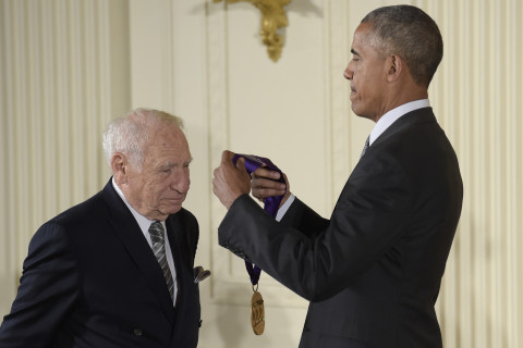 Mel Brooks Pranks President Obama, Pretends to Pull His Pants Down