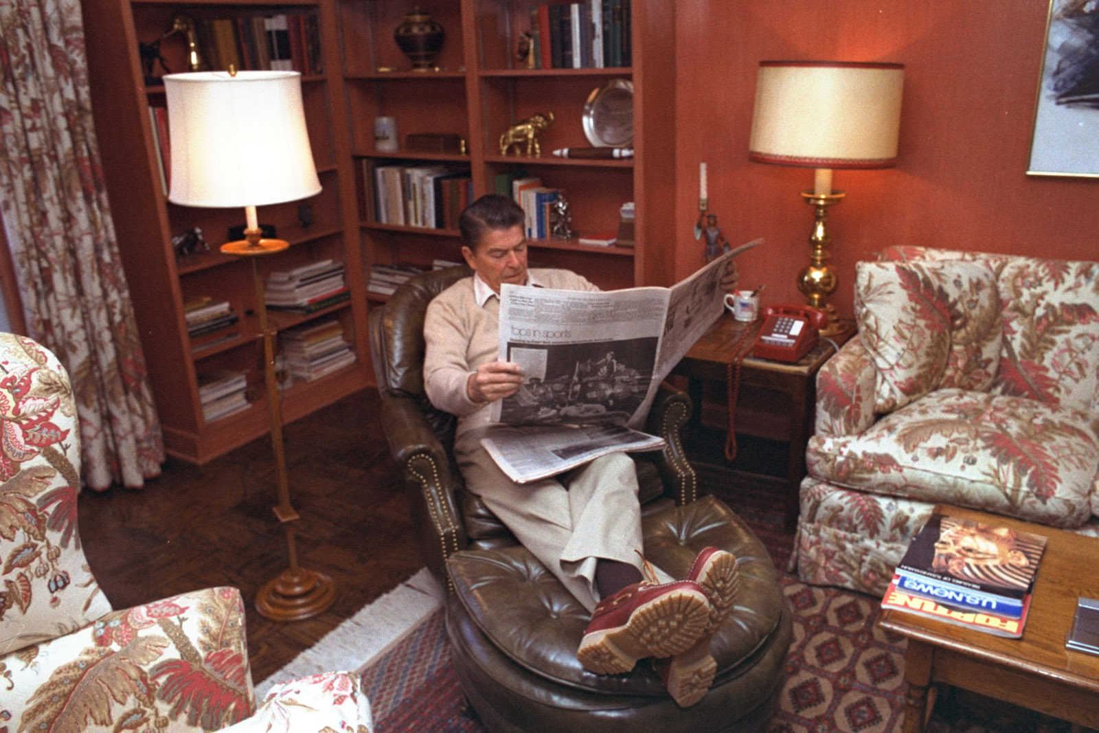 GOP presidential candidate Ronald Reagan is shown relaxing with the morning papers at his Wexford home near Middleburg, Virginia, on October 24, 1980.  (AP Photo/Walt Zeboski)