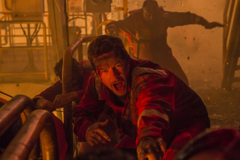 Review: 'Deepwater Horizon' is intense, lacks 'Sully' aftermath