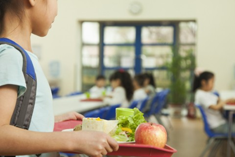 Cafeteria worker quits over 'lunch shaming' policy