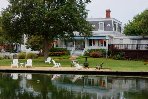 Historic St. Michaels inn listed for $2M
