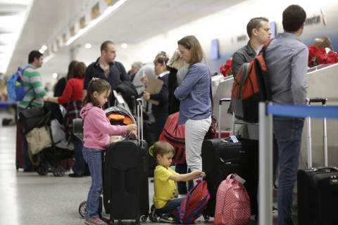 Record numbers expected to travel for Thanksgiving