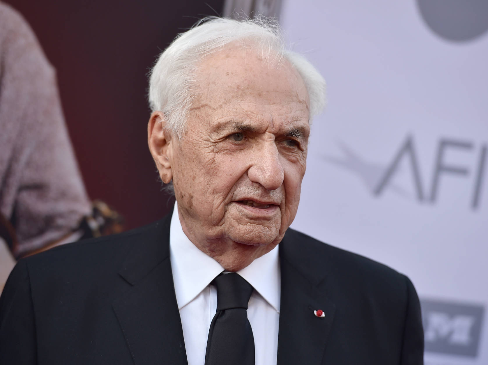 Frank Gehry arrives at the 43rd AFI Lifetime Achievement Award Tribute Gala at the Dolby Theatre on Thursday, June 4, 2015, in Los Angeles. (Photo by Jordan Strauss/Invision/AP)