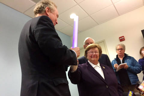 Mikulski passes torch with whimsy and, of course, breakfast