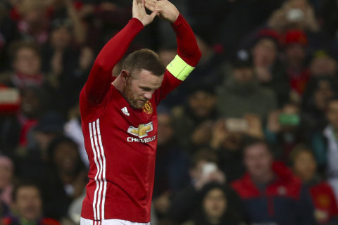 It's official: DC United pens deal with superstar Wayne Rooney