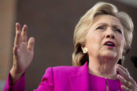 Poll: Clinton still leading in Virginia, but slipping