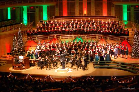 The Washington Chorus presents six Candlelight Christmas concerts with Local High Schools