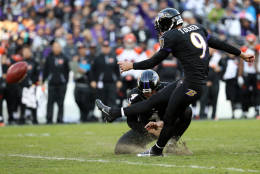 BALTIMORE, MD - NOVEMBER 27: Kicker Justin Tucker #9 of the Baltimore Ravens kicks a fourth quarter field goal against the Cincinnati Bengals at M&T Bank Stadium on November 27, 2016 in Baltimore, Maryland. (Photo by Patrick Smith/Getty Images)