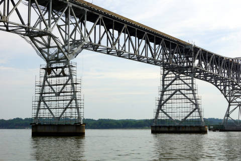 Fight over Potomac River bridge plan that would put bikes on highway