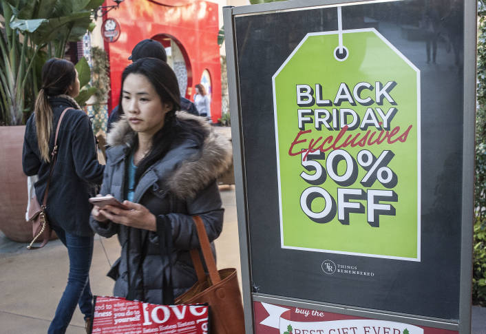 Black Friday Online Sales Hit $3 Billion Driven by Mobile