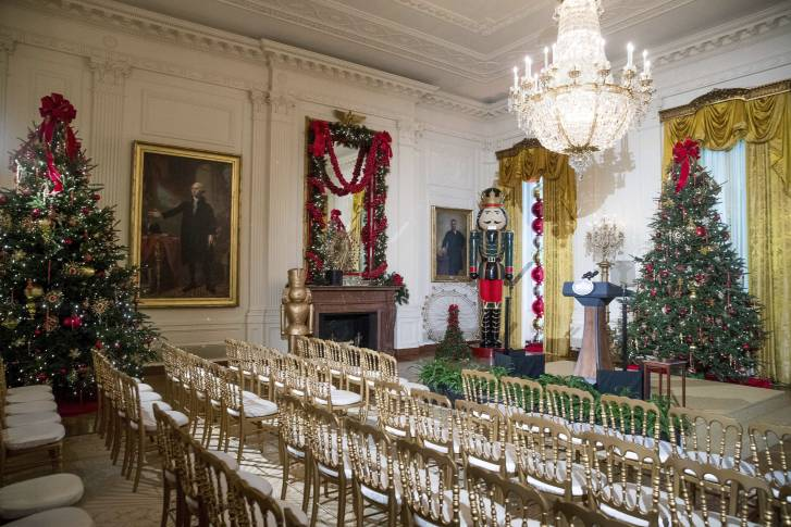 Obama Final Christmas The East Room Is Decorated At The White House During A Preview Of The 2016 Holiday Decor Tuesday Nov 29 2016 In Washington