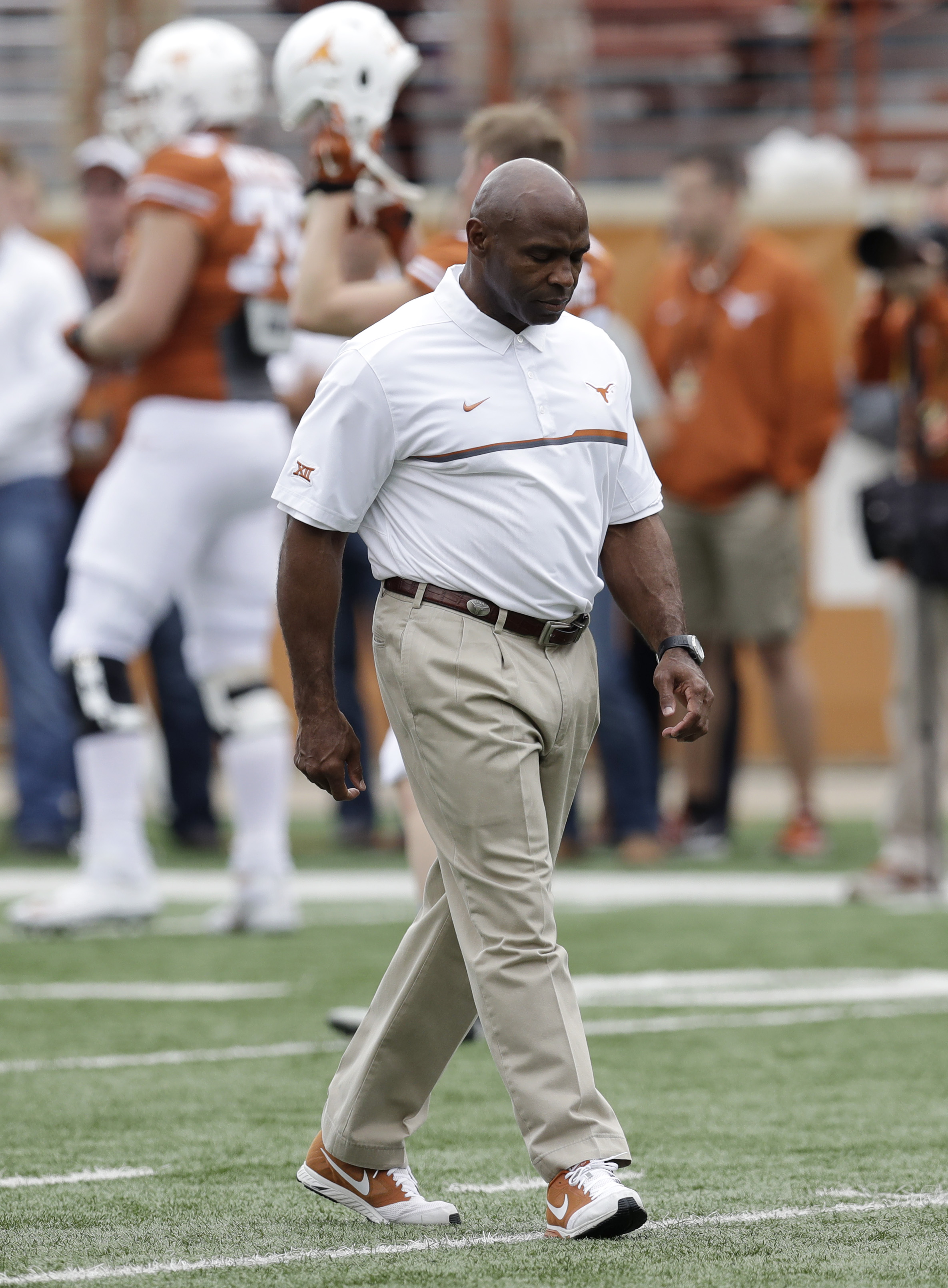 26001c32ad22 rssfeeds.usatoday.com Texas has  let go  coach Charlie Strong after 3  seasons