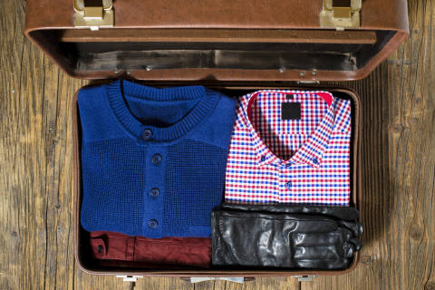 5 holiday packing tips for travelers