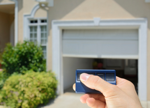 D.C. police recommends residents take garage door openers with them when they leave their vehicles and not programming the function into the car's command system. (Thinkstock)