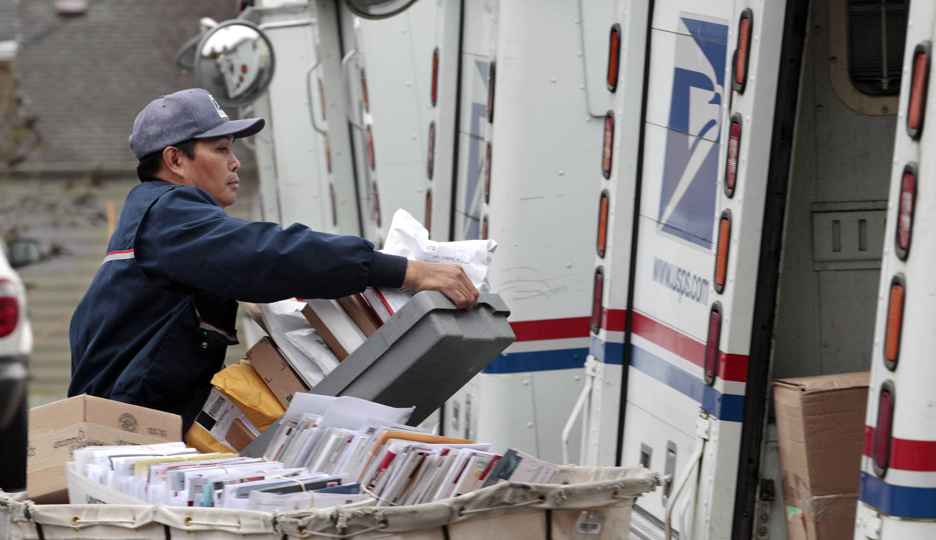 busiest usps delivery day dec 22 wtop - Does The Post Office Deliver On Christmas Eve