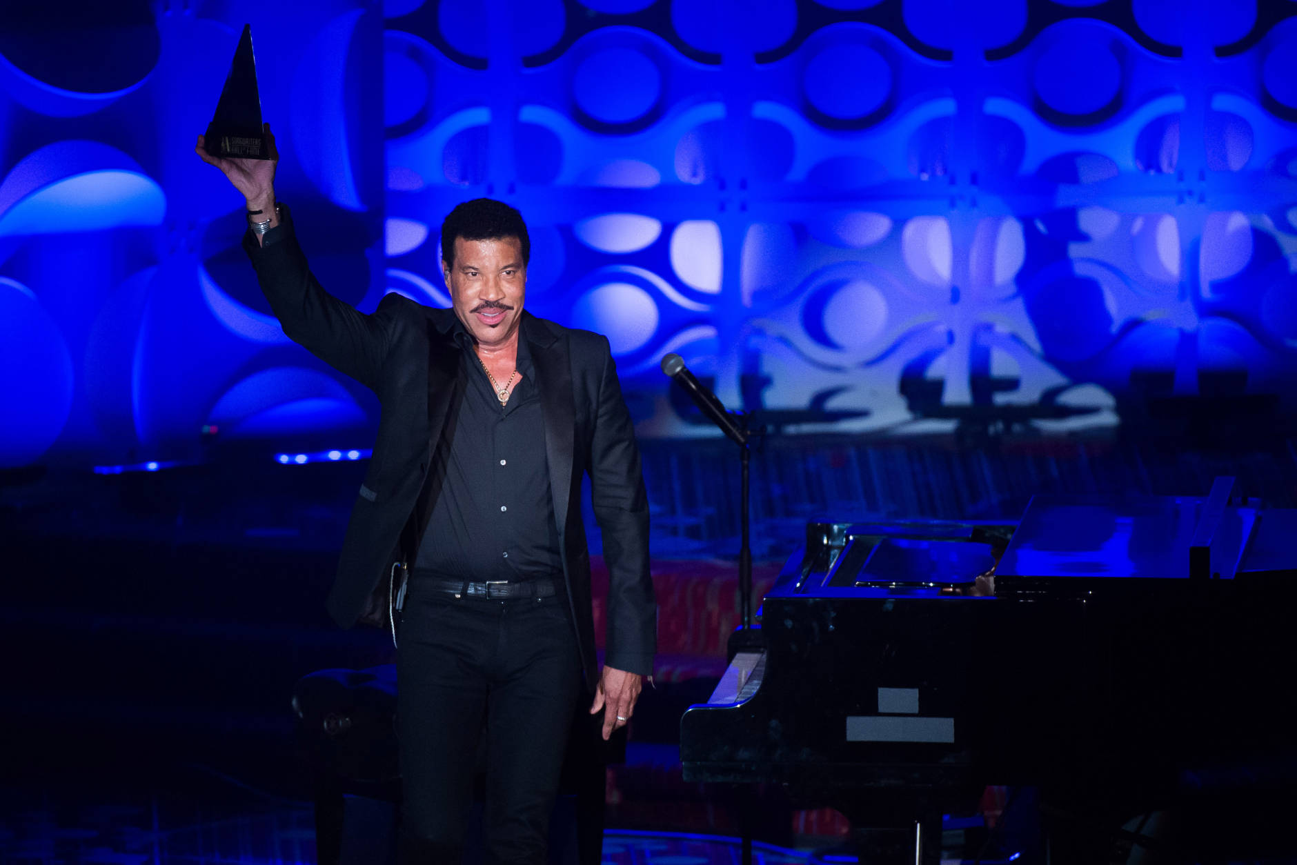 Lionel Richie will perform at MGM National Harbor Dec, 22, 2016. (Photo by Charles Sykes/Invision/AP)