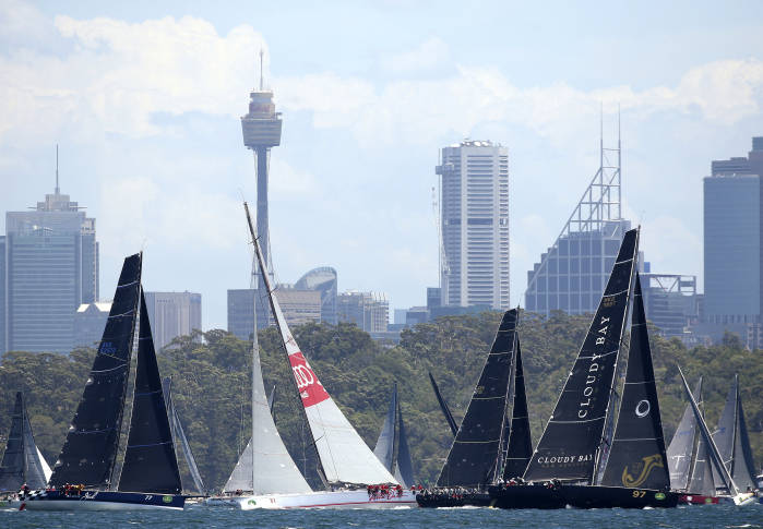 Wild Oats XI retires from Sydney Hobart Race