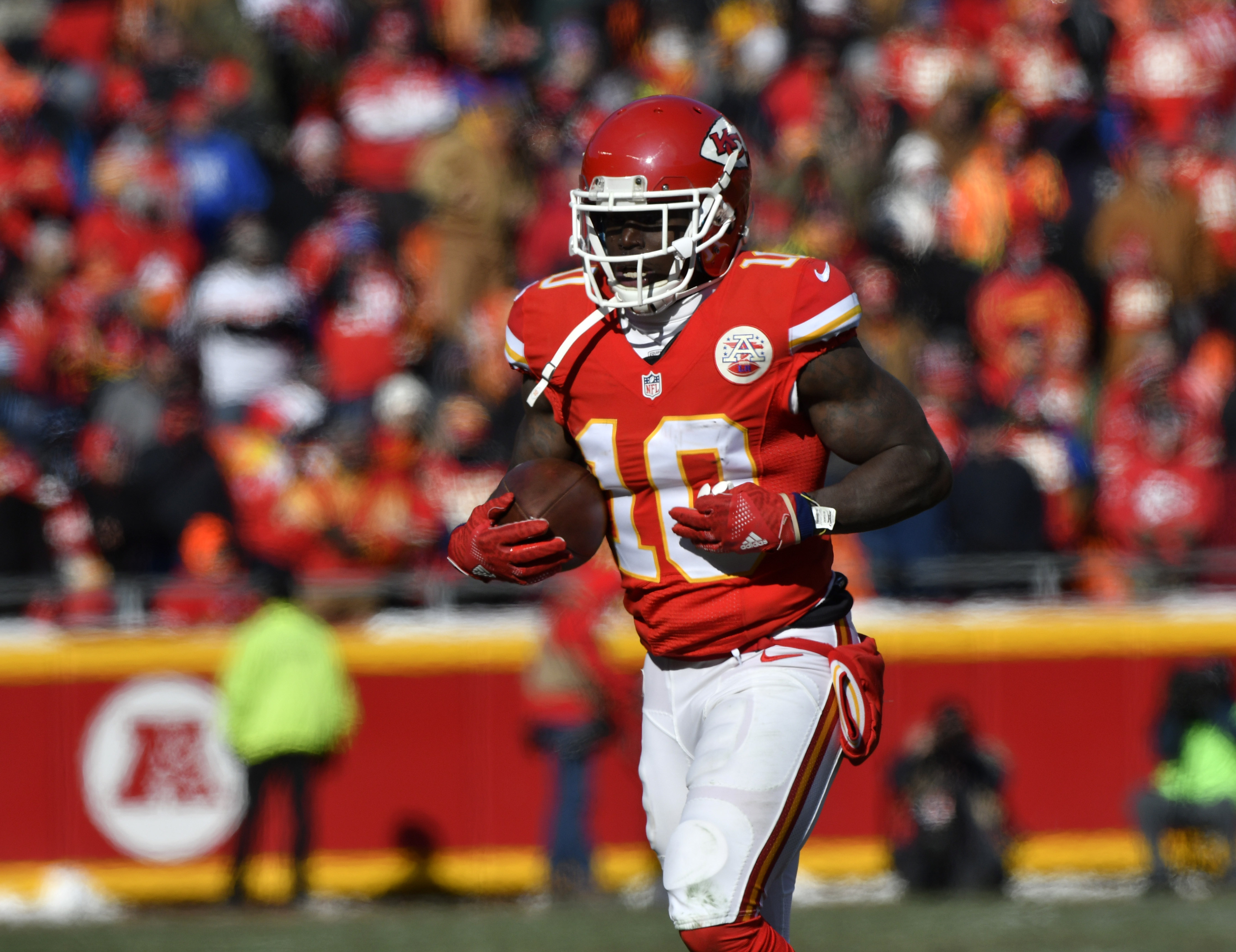 1265e41b4 Favorite thing about playing football Broncos wary of Tyreek Hill in  rematch with Chiefs WTOP ...
